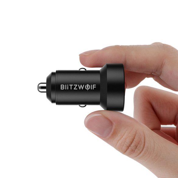 Caricabatterie per auto 24 W BlitzWolf® BW-SD6 con tecnologia di ricarica rapida 1xQ3.0 e 1xQ2.0, con display precedente